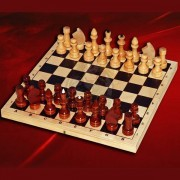 Шахматы деревянные лакированные (без подклейки)